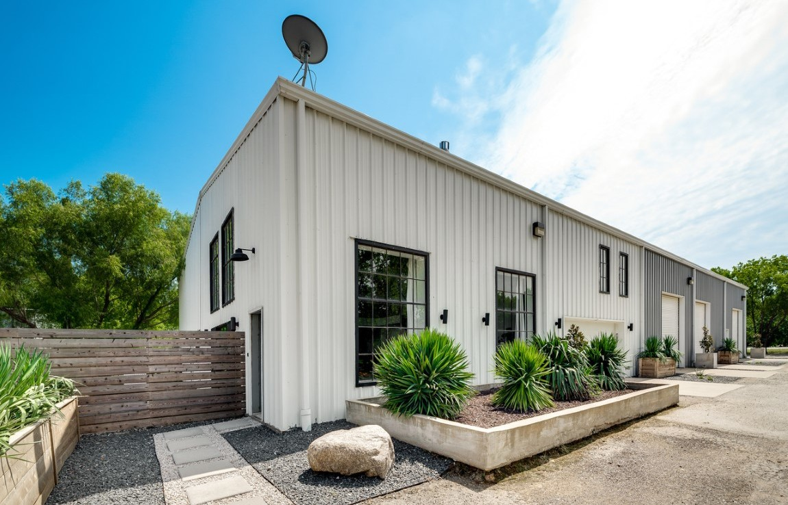 Commercial/Residential Building in Denton County