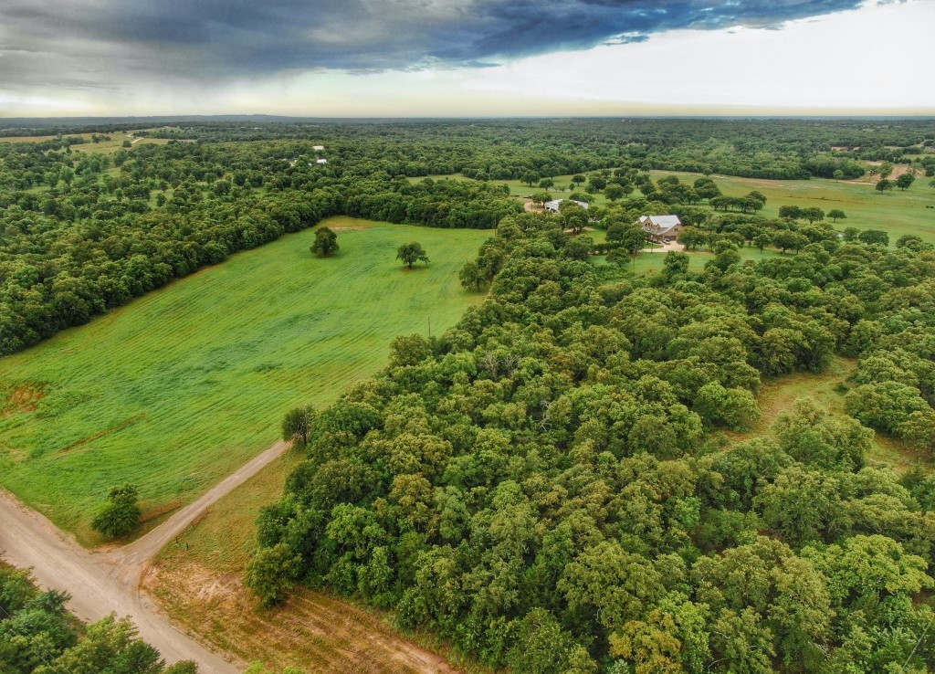 165 acres in Montague County