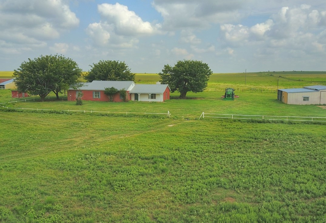 205 acres in Clay County