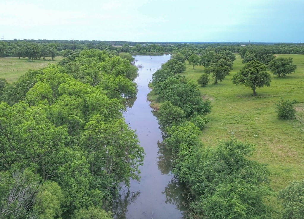420 acres in Stephens County