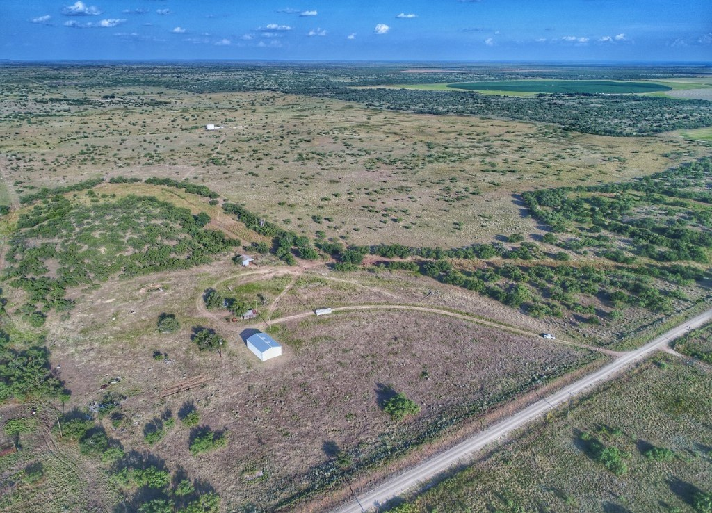 861 acres in King/Cottle Counties