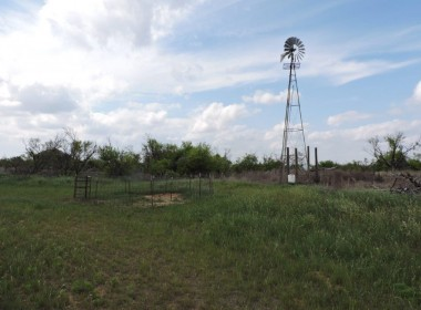 898 acres in Hardeman County