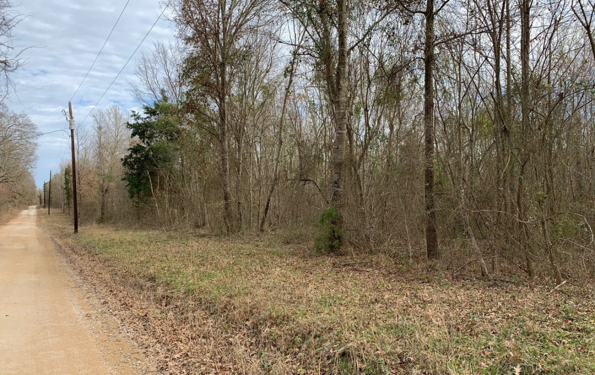 13.5 acres in Red River County