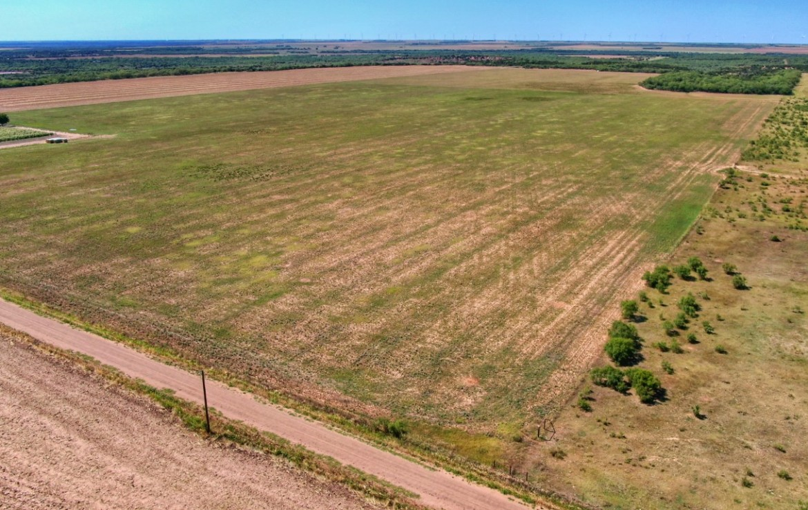 218 acres in Knox County