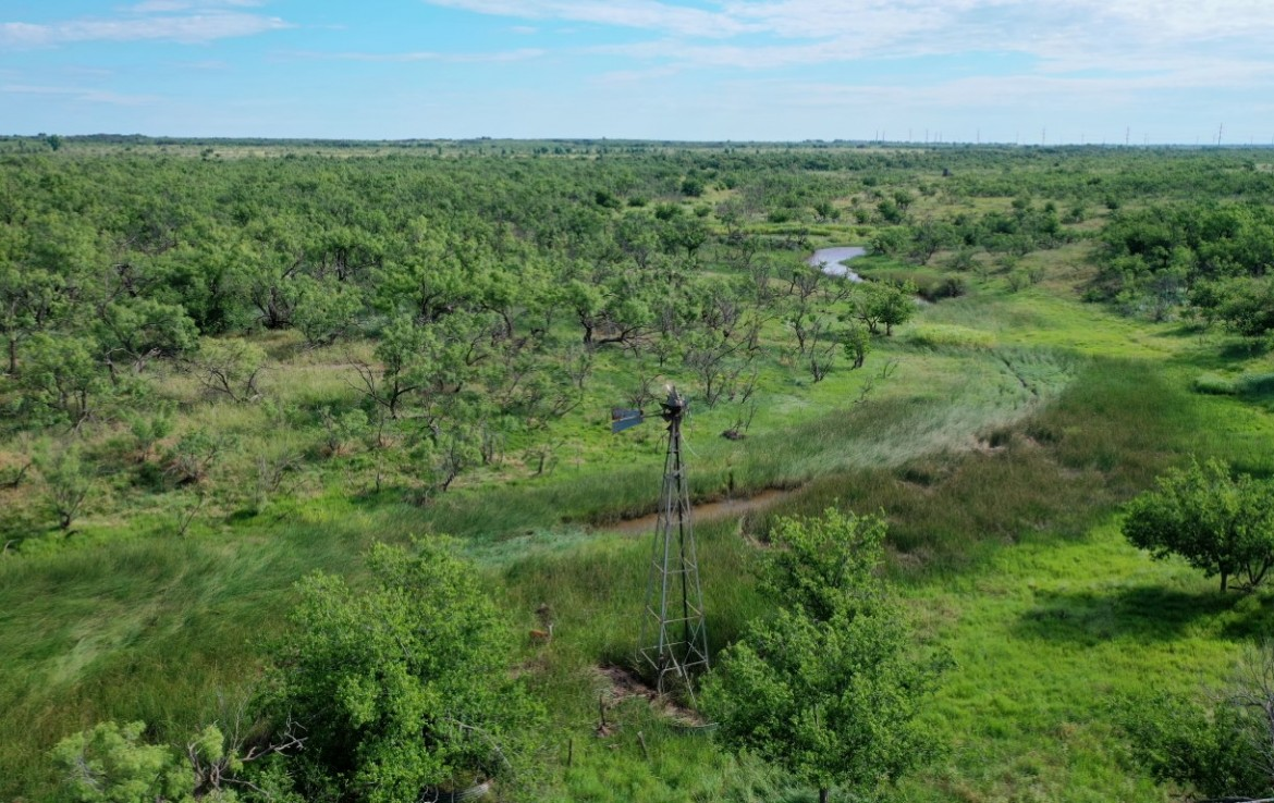 390 acres in King County