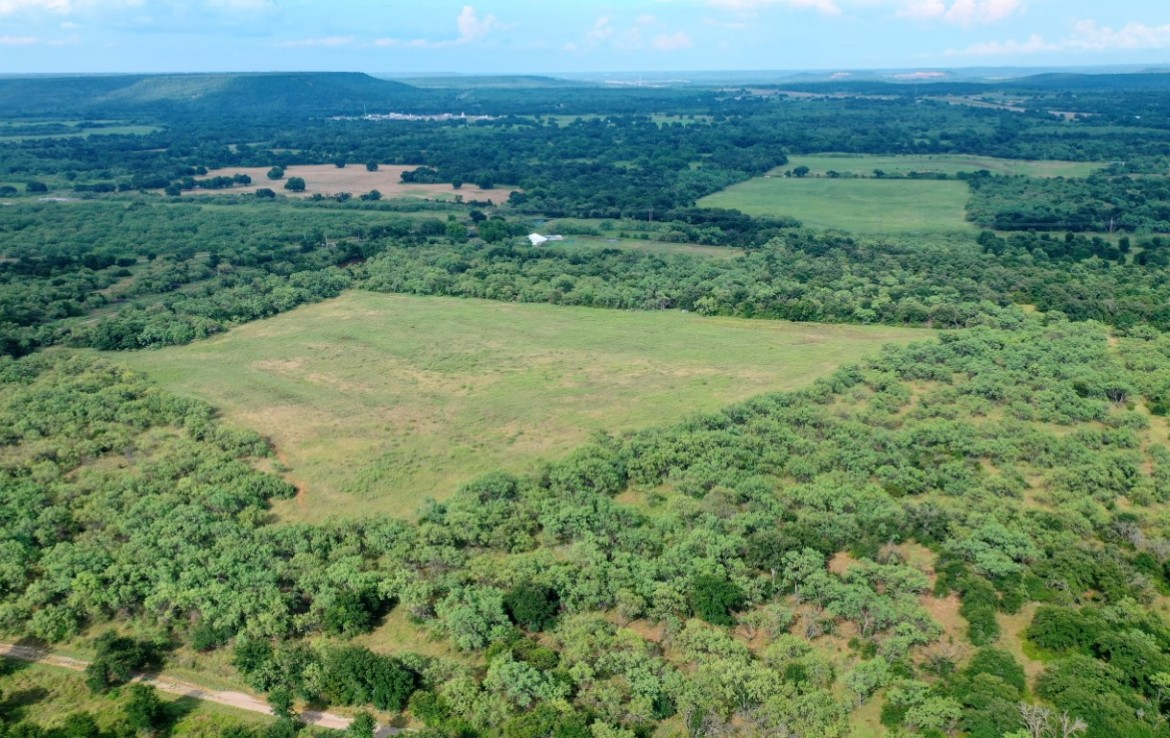 84 acres in Palo Pinto County